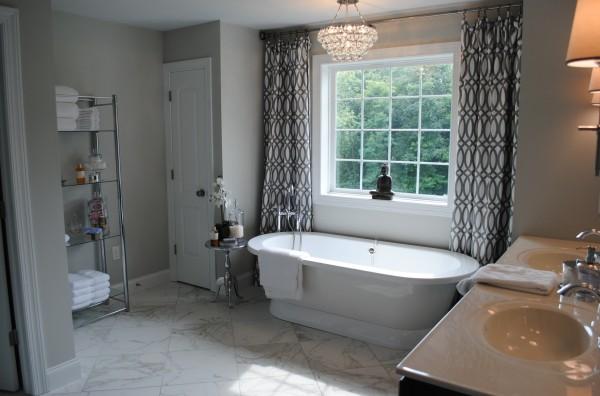zen relaxing soaking tub